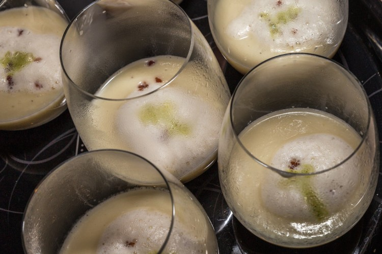 Sellerie Suppe im Glas
