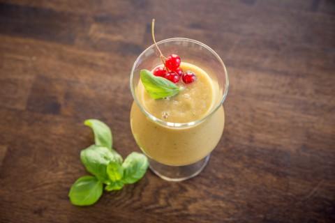Rezept Gruener Matcha-Avocado-Gurke Smoothie